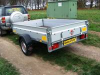V All in one Top Angebot offener Kasten 1300 kg 2510 x 1530 x 345 Auffahrschiene
